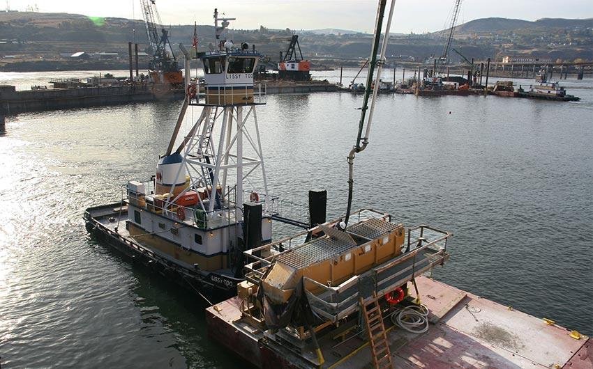 Barge mounted Maxcrete