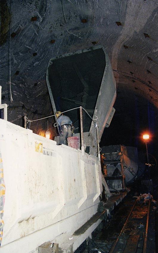 NYC Tunnel Agitors Feed Maxcrete