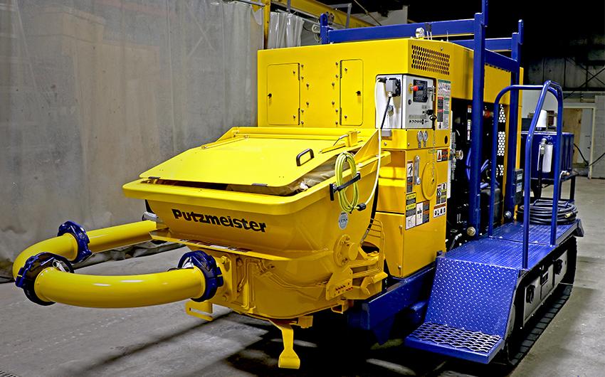 Maxon Track-Mounted TK70 Operators Platform