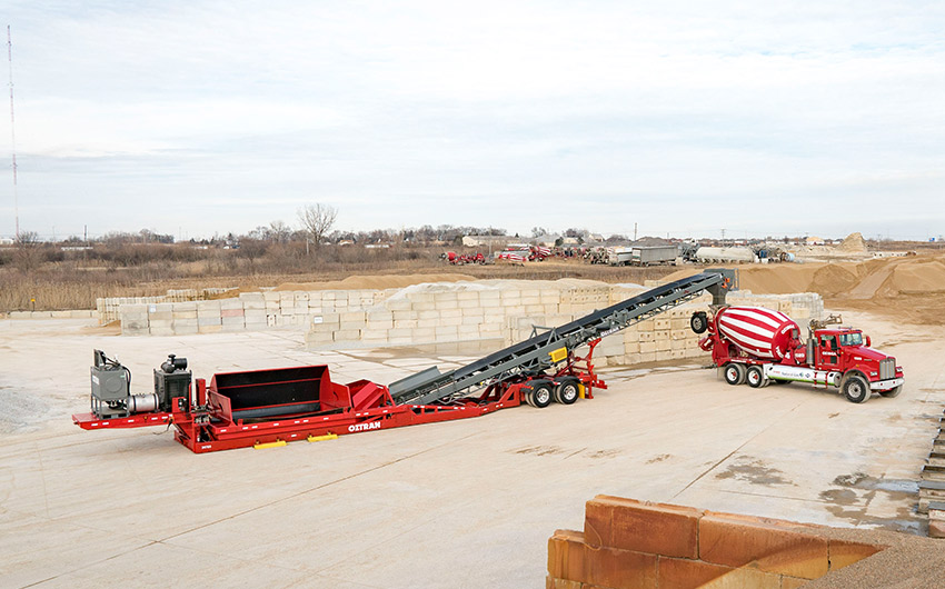 Conveyor unfolded ready mix
